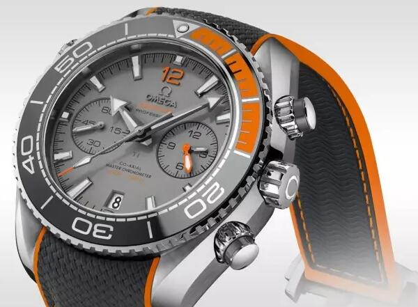 The orange elements on the watch make it very dymaic and sporty.